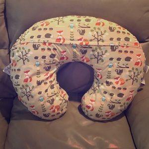 ❗️SOLD ❗️Woodland Animal Boppy Nursing Pillow